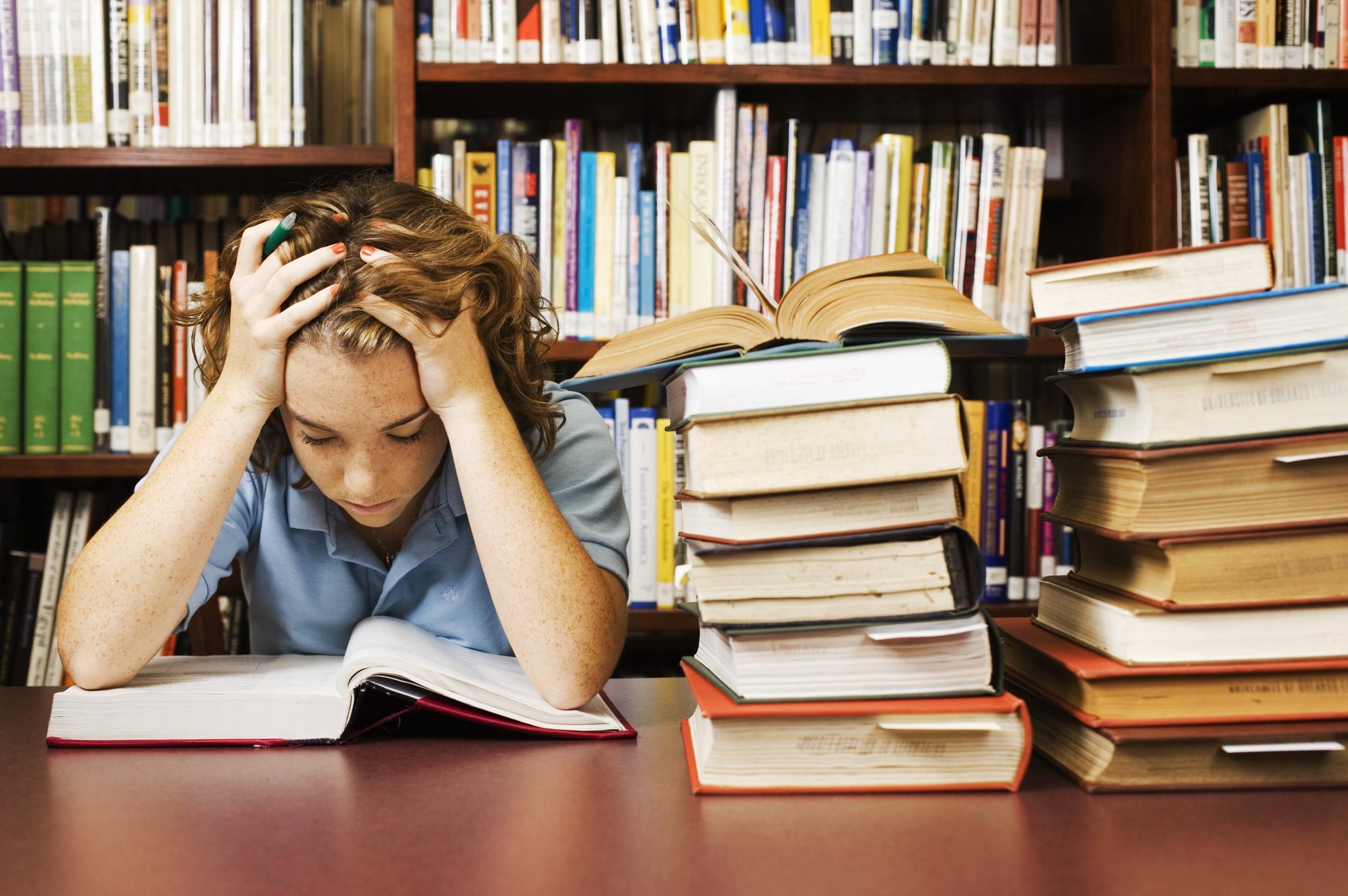 học sinh nên làm gì khi các kì thi ACT và SAT bị huỷ vì dịch bệnh COVID-19